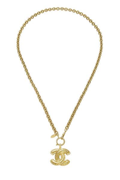 Gold Quilted 'CC' Necklace Medium