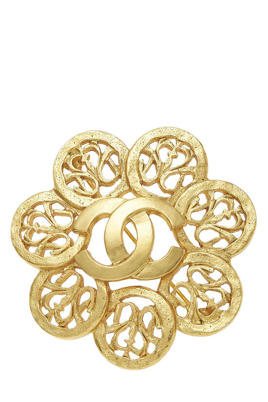 Gold 'CC' Fretwork Flower PIn, , large image number 0