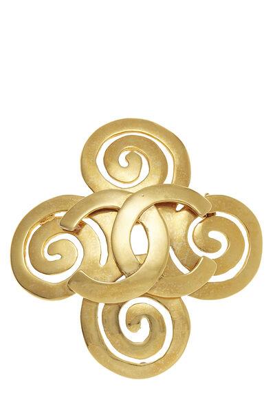 Gold 'CC' Swirl Pin Large