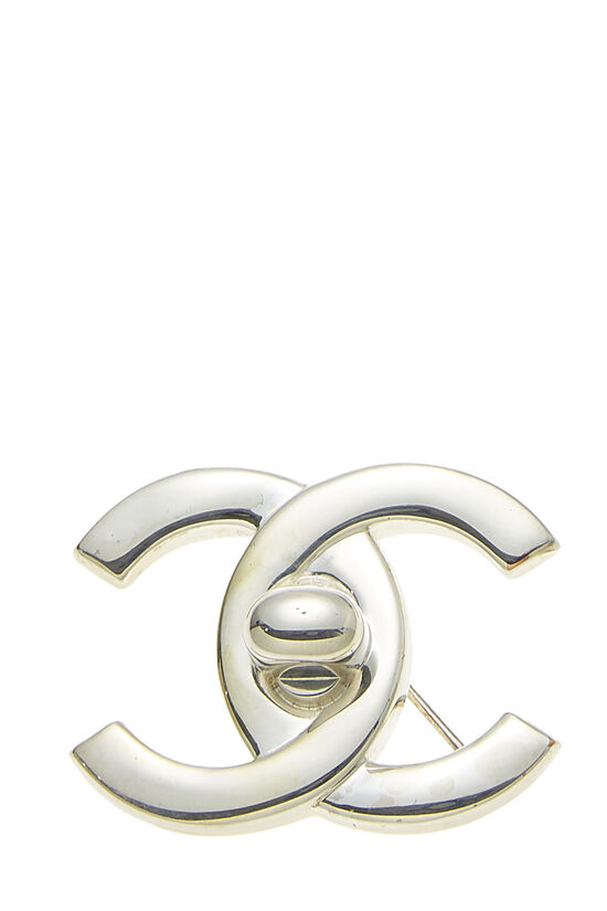 Silver 'CC' Turnlock Pin Large, , large image number 0