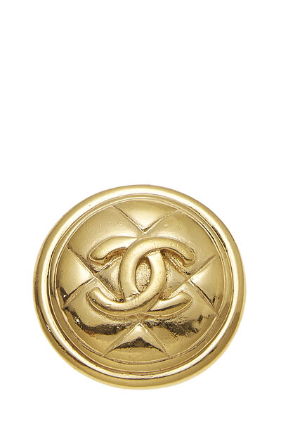 Gold Quilted 'CC' Round Pin Small