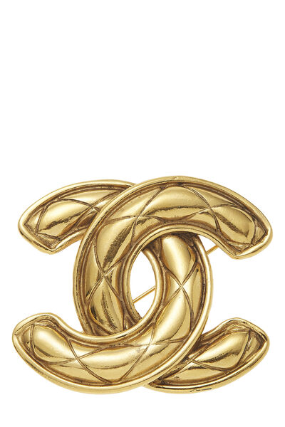 Gold Quilted 'CC' Pin Large