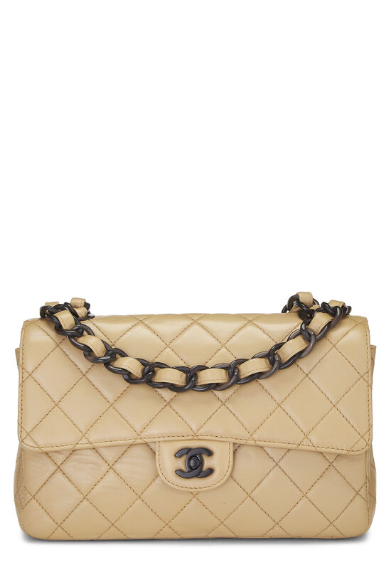 Beige Quilted Lambskin Classic Flap Medium, , large image number 0
