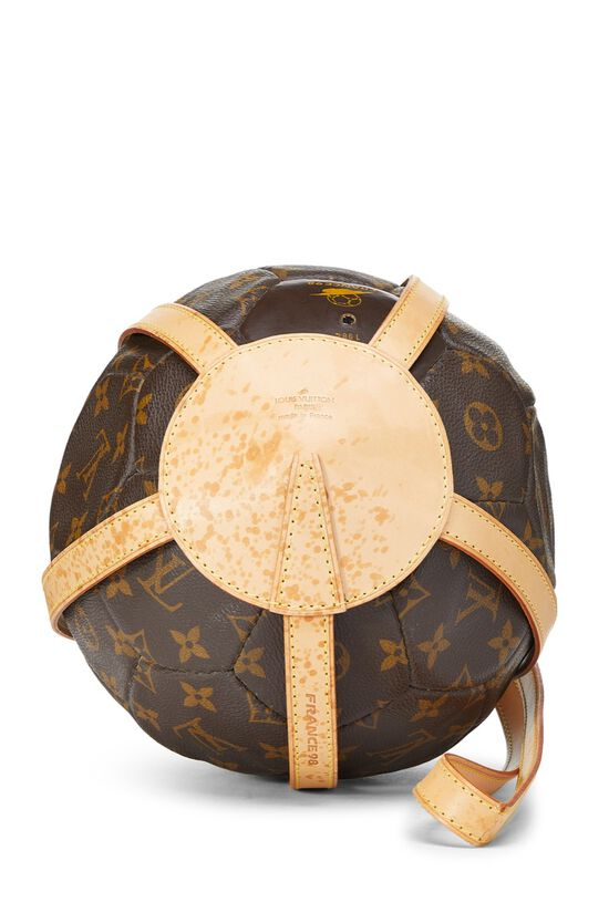 """Limited Edition Monogram Canvas World Cup Soccer Ball & """"Rebonds"""" Book Set, , large image number 3"""