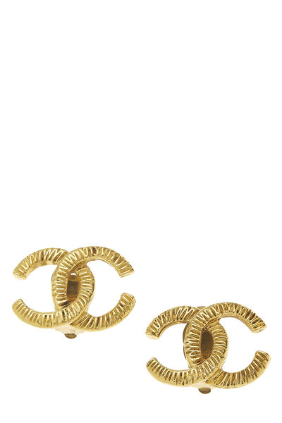 Gold Engraved 'CC' Earrings Large