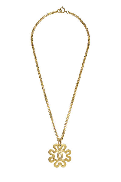 Gold Squiggle Border 'CC' Necklace