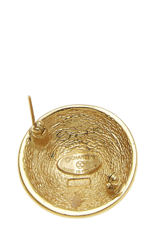 Gold Quilted 'CC' Round Pin Small, , large image number 1